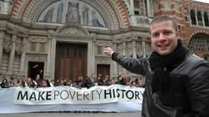 Dermot-O-Leary-make-poverty-history_opt_fullstory_large